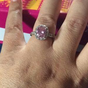 Jewelry - Silver ring w pink stud sz9